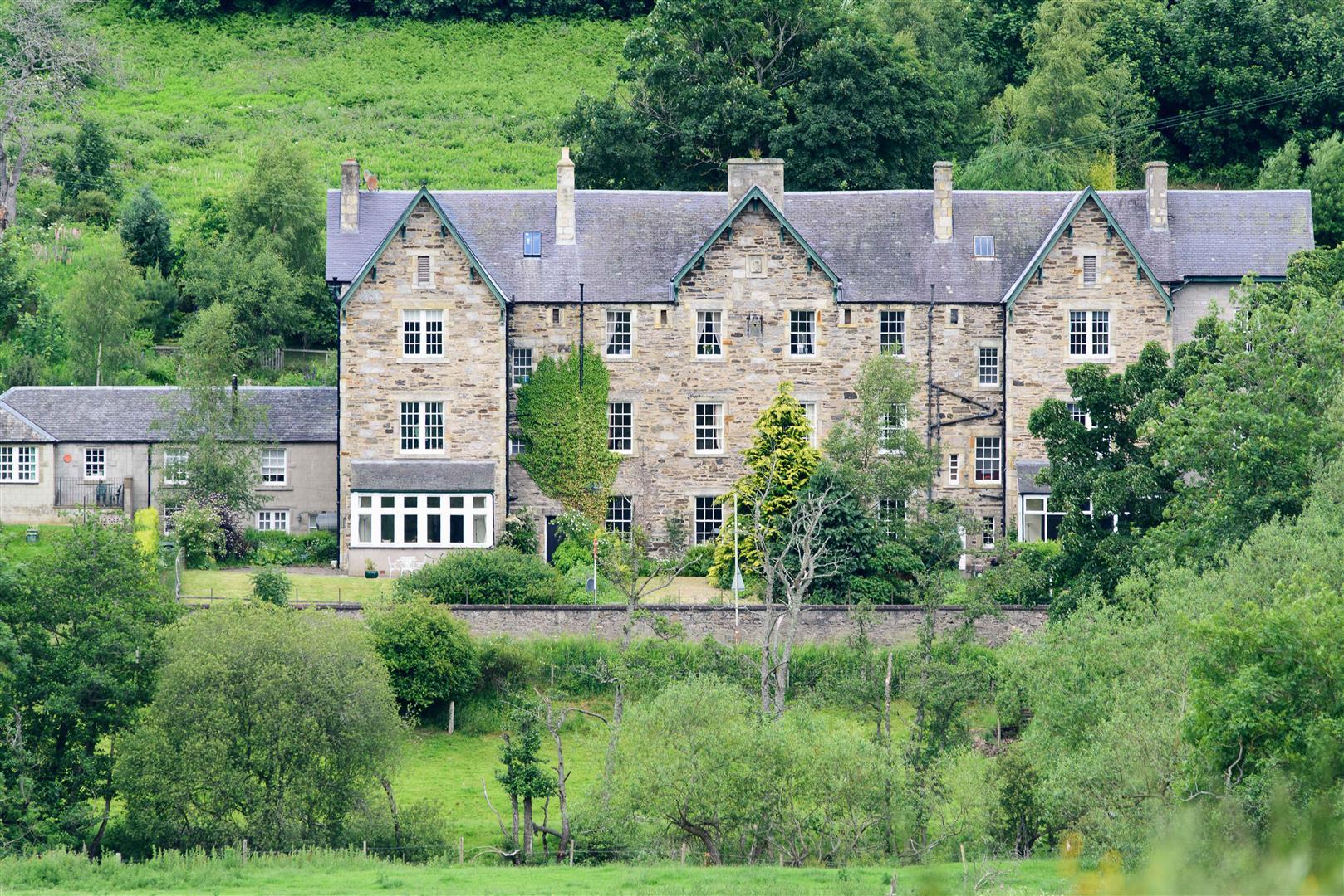 6 Cuil-An-Daraich, Logierait, Pitlochry, Perthshire, PH9 0LH, UK